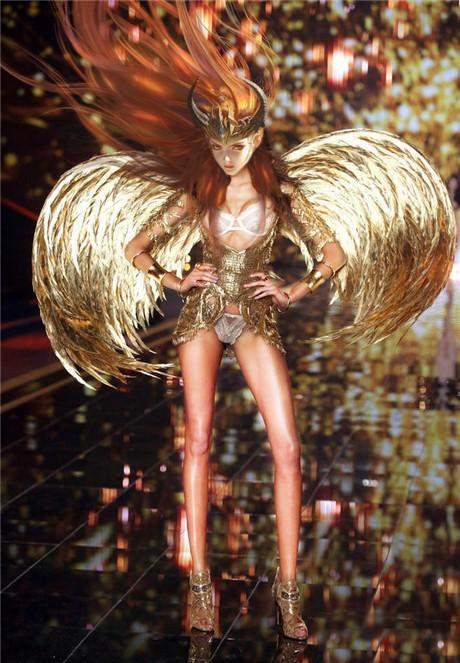 《女神联盟2》龙之女神
