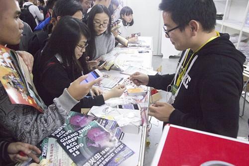 《刀剑乱舞-ONLINE-》中国版狐之助书签在萤火虫发放