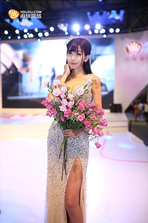 游族网络最美showgirl陈潇